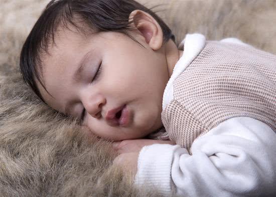 宝宝一放床上就醒?那是你还不知道这几招,试过的宝妈表示挺管用